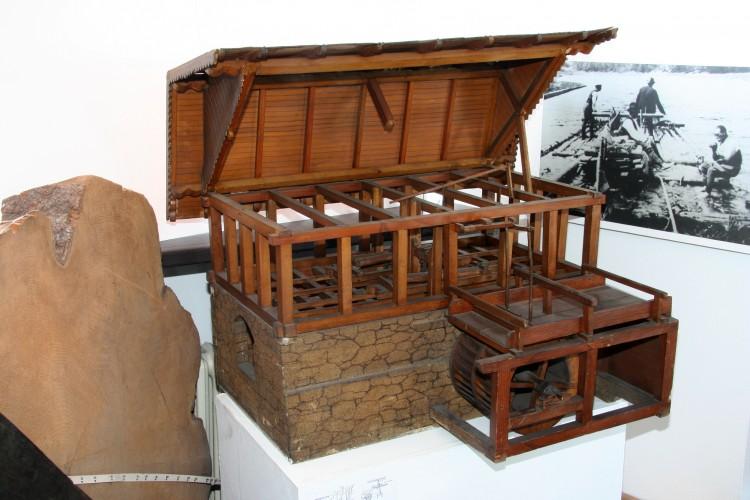 Model vodní pily, Šumava