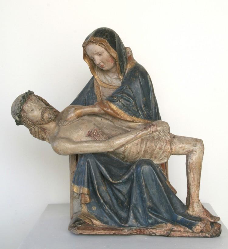 Pieta, kámen a dřevo, Český Krumlov, kolem roku 1400