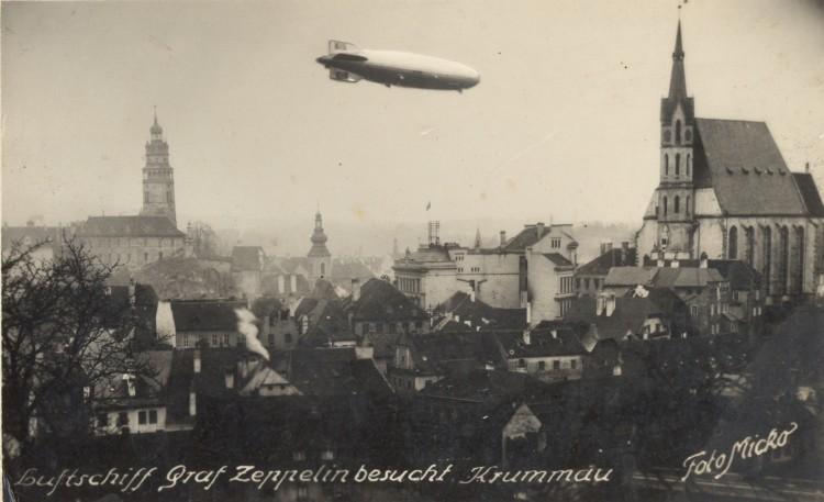 Propagandistický let vzducholodí Graf Zeppelin před volbami do Říšškého sněmu